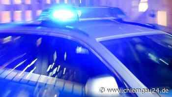 Prien: Motorradfahrer liegt bewusstlos neben Fahrbahn - Reanimation notwendig - chiemgau24.de