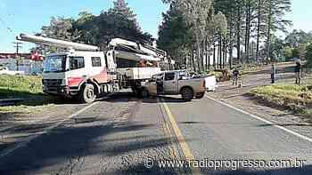 Acidente entre caminhonete e caminhão é registrado em Santiago - Rádio Progresso de Ijuí