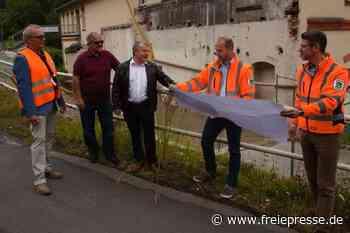 Landrat inspiziert Kreisstraßen - Freie Presse