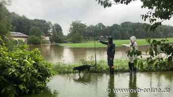Hochwasser: Moosbach flutet Adlfurt bei Bad Aibling - ovb-online.de