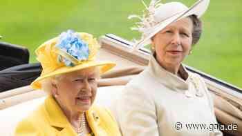 Royals: Queen Elizabeth überrascht Prinzessin Anne zum 70. Geburtstag - Gala.de