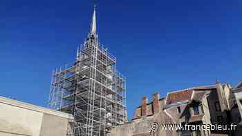 EN IMAGES - la mythique tour de l'horloge d'Auxerre se prépare à une grande rénovation - France Bleu