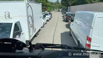 Haar: Rettungskräften den Weg versperrt - Merkur.de