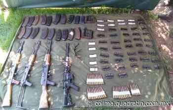 Aseguran vehículo robado, armas y cartuchos en Tepalcatepec - Quadratín Michoacán