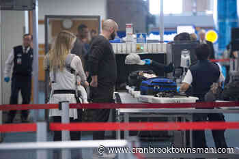 Three screening officers at Vancouver airport test positive for COVID-19 - Cranbrook Townsman