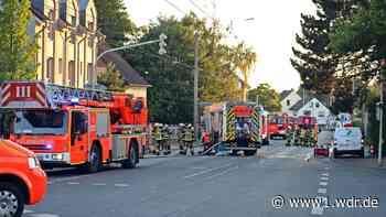 Feuerwehreinsatz in Solingen: Passant rettet Bewohner aus brennendem Behindertenwohnheim