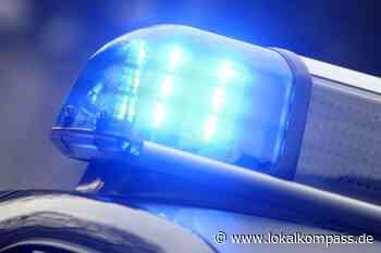 Verkehrsunfall in Oer-Erkenschwick: Auto landet auf dem Dach - Oer-Erkenschwick - Lokalkompass.de