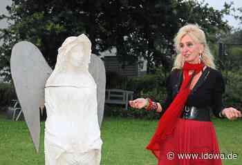 Vernissage in Puttenhausen: Künstlerin schafft schützenden Corona-Engel - idowa