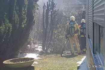 Uitslaande brand in tuinhuis veroorzaakt heel wat schade