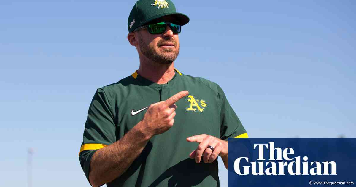 Oakland A's bench coach apologizes for 'Nazi salute' in dugout