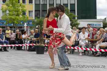 """Statt """"Kommse Tango tanzen"""" im öffentlichen Raum jetzt im Zirkuszelt: Malonga im Zelt und mehr - Lokalkompass.de"""