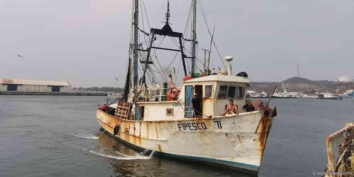 Pescador apoya a familias vulnerables en Salina Cruz - El Imparcial de Oaxaca