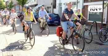 Mehr als 50 Radfahrer kamen zur Demo von Fridays for Future in Rendsburg - Kieler Nachrichten