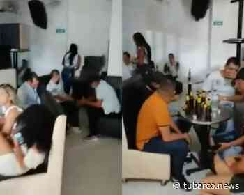 Policía interrumpió fiesta en casa de citas en el Valle del Guamuez – Putumayo. - TuBarco