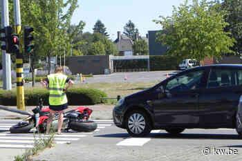 Geen gewonden bij aanrijding tussen auto en motorrijdster