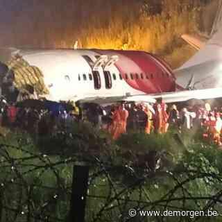 Vliegtuig Air India glijdt van landingsbaan en breekt in stukken: 16 doden