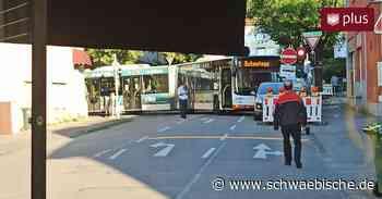Enge Umleitungsstrecke in Ravensburg: Jetzt steckte ein Bus fest - Schwäbische