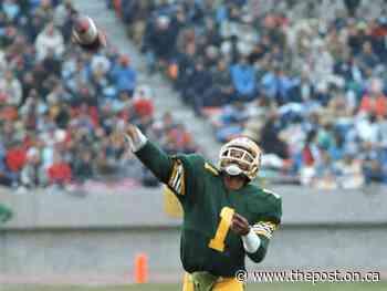 Legendary quarterback Warren Moon shone at Taylor Field - The Post - Ontario