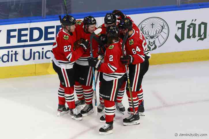 Chicago Blackhawks: Jonathan Toews leads them to first round