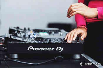 "Pioneer DJ Announces New Season of ""DJs in PJs"" with Kaskade, Modestep, More - EDM.com"