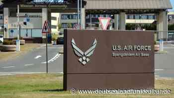 Abzug von US-Truppen - Keine Krisenstimmung in Spangdahlem - Deutschlandfunk Kultur