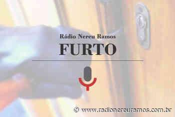 Ladrões invadem estabelecimento e furtam R$4 mil, em Indaial - Radio Nereu Ramos