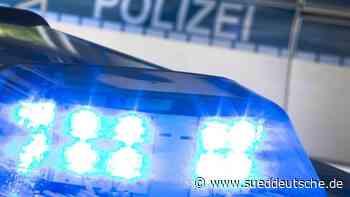 Brennendes Auto beschädigt drei Pkw und Hausfassade - Süddeutsche Zeitung