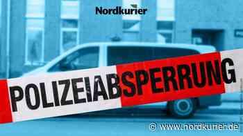 Spezialfirma im Einsatz: Polizei sperrt wegen Ölspur Bundesstraße bei Teterow | Nordkurier.de - Nordkurier