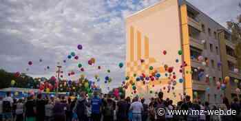 Ballons und Spenden : Wie Querfurt des kleinen Tim gedenkt - Mitteldeutsche Zeitung