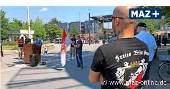 Rechtsextreme demonstrieren in Hennigsdorf für Freiheit - Märkische Allgemeine Zeitung