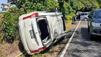 Enfermera se duerme al volante y se accidenta en Nahuizalco - elsalvador.com