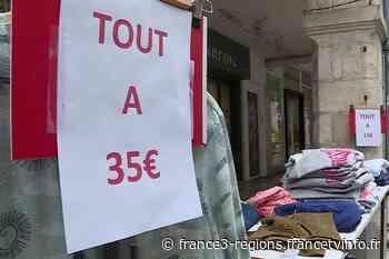 La grande braderie de la Rochelle réduit la voilure en raison de l'épidémie de Covid-19 - France 3 Régions