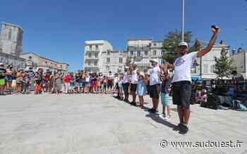La Rochelle : le succès d'un spectacle de rue malgré le Covid-19 - Sud Ouest