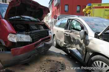 Mehrere Verletzte bei Unfall auf B 169 in Lößnitz - Freie Presse