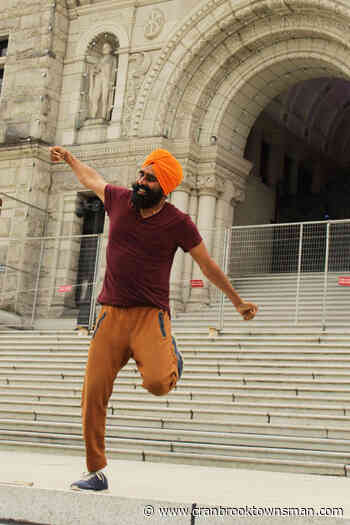 VIDEO: Internet famous Yukon-based bhangra dancer explores Vancouver Island - Cranbrook Townsman