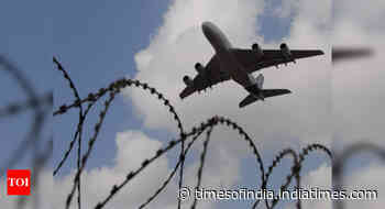 Evolve urgent refund system: Travel agents' body to DGCA - Times of India