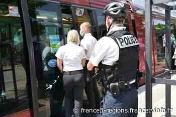 Clermont-Ferrand : dans les bus et tram, la police fait respecter le port du masque - France 3 Régions