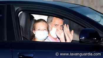 Los Reyes y sus hijas ya están en Marivent - La Vanguardia