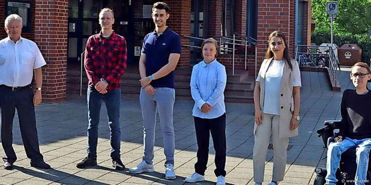 Isernhagen: Gemeinde begrüßt neue Auszubildende - Hannoversche Allgemeine