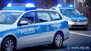 Hagen: Passat schiebt vier geparkte Autos zusammen - Westfalenpost