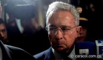 Uribe y Cadena habrían utilizado falsas cartas del 'Tuso' Sierra - Caracol Radio