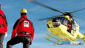 Cade in moto a Sella Chianzutan, portato via in elicottero - UdineToday