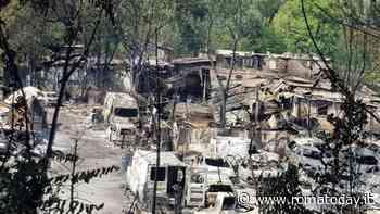 Al Foro Italico è doppia emergenza: oltre al campo rom, 60 sfollati filippini dopo il rogo nella baraccopoli