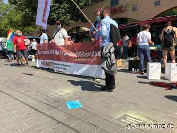 Nach der Doppel-Demo in Hennigsdorf: Protest gegen Aufmarsch der Neonazis friedlich, aber lautstark - Märkische Onlinezeitung
