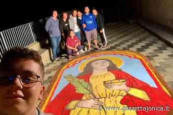 Savoca, conclusi i festeggiamenti in onore di santa lucia. Successo per l'infiorata allestita dai giovani | FOTO, Attualità - Gazzetta Jonica