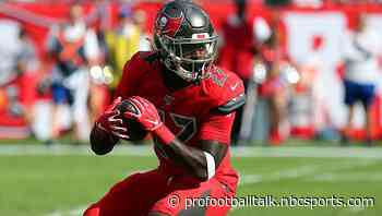Ronald Jones taking advice from Tom Brady on improving as a receiver