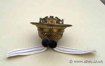 Vintage Brass Duplex Oil Lamp Burner With 4 Shade Support Gallery Antiques News Newslocker