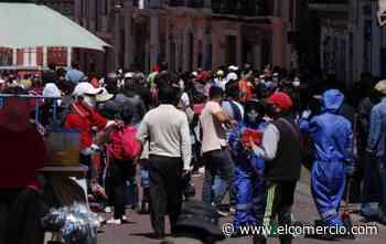 Ventas informales y aglomeraciones en Cotocollao y en el Centro Histórico de Quito