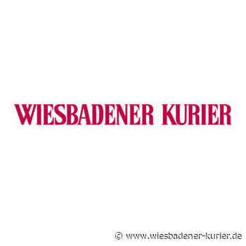 Betrunkener Fahrer kommt in Wiesbaden von Straße ab