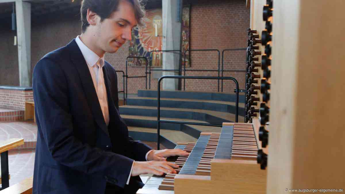 Ein Virtuose an der Orgel